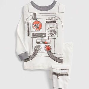 NEW Gap astronauts PJs